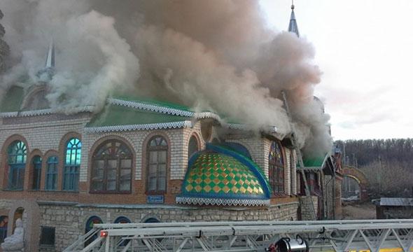 Пожар в Храме всех религий: один человек погиб