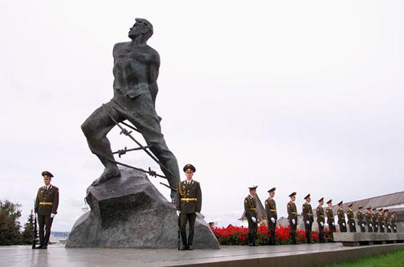 К 9 мая в Казани все памятники помоют с шампунем