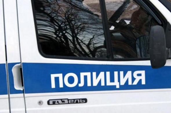 В Казани 18-летний парень украл сумку у семейной пары