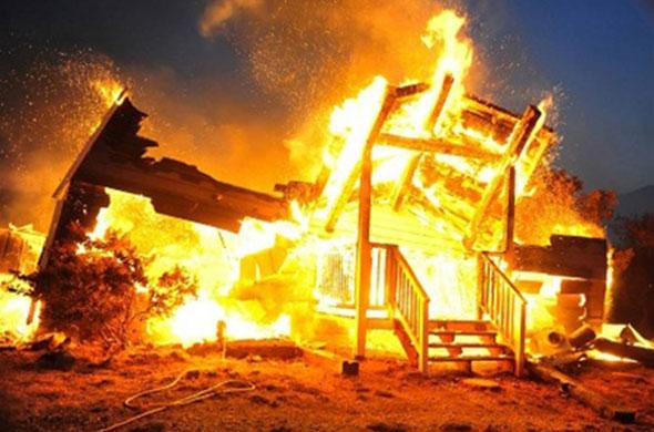 В Татарстане заживо сгорела семья из трех человек