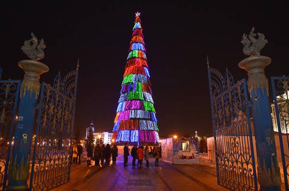 29 декабря откроют главную новогоднюю елку в Казани