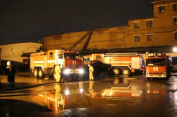 В Казани на складе завода «Холод» произошел пожар