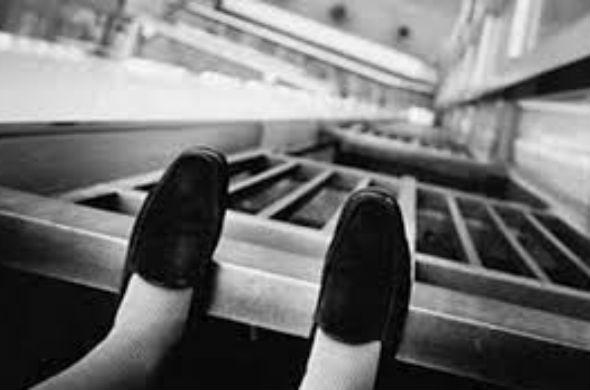 В Татарстане 22-летняя девушка спрыгнула с 9 этажа: у нее остался 2-летний ребенок
