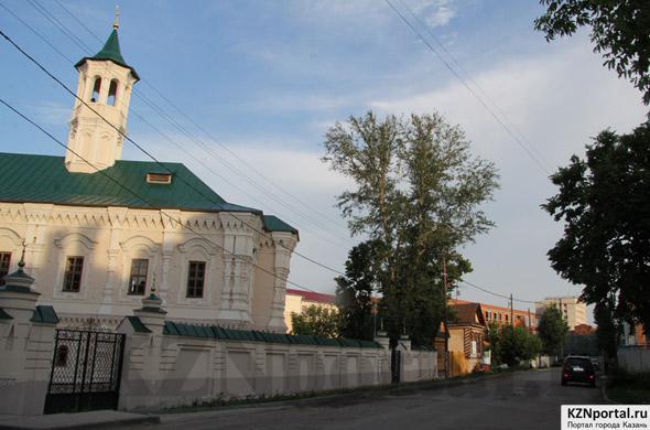 Улица Каюма Насыри Казань