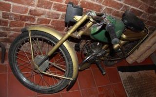 Мотоцикл советских времен