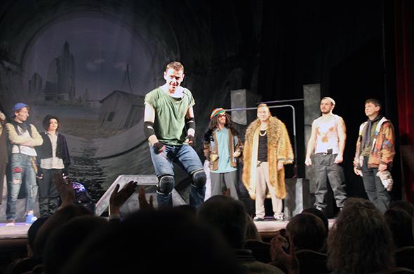 Казанский ТЮЗ открыл сезон премьерным спектаклем «Приключения Свена»